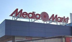 Muelle de carga del Media Markt de Majadahonda.