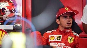 El monegasco Charles Leclerc (Ferrari) domina los primeros ensayos del GP de Bélgica de F-1, en Spa.