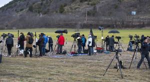 Despliegue periodístico en la localidad de Seyne-les Alpes.