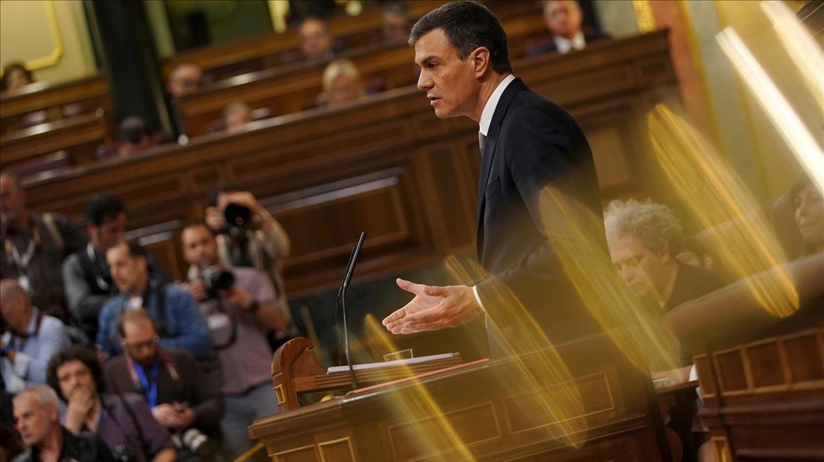 Pedro Sánchez en el Congreso durante la celebración de la moción de censura.