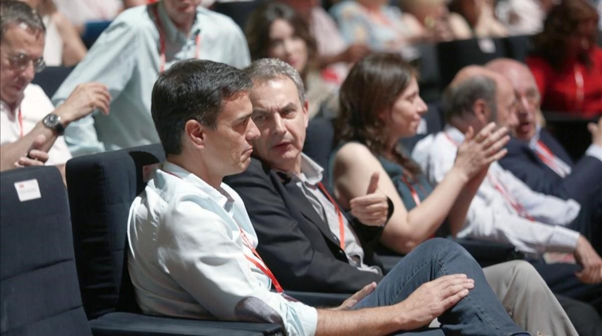 Pedro Sánchez y José Luis Rodríguez Zapatero, este sábado en el congreso del PSOE.