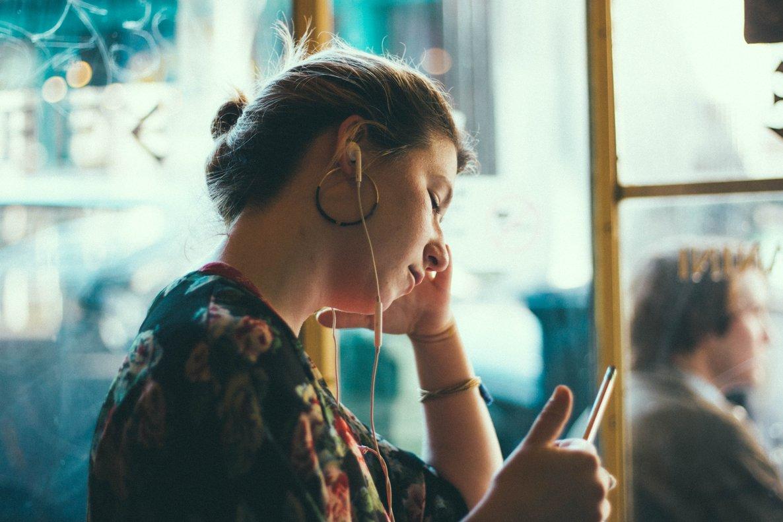 5 podcasts para emprendedores en español que no te puedes perder