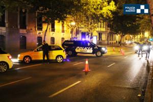 LaPolicía Municipal de Madrid en un control de alcoholemia.