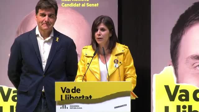 La portavoz de ERC, Marta Vilalta, valora la participación.