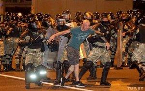 Enfrentamientos en la ciudad deMinsk, Bielorrusia.