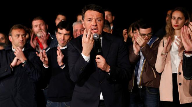 El político italiano literalmente arrasa al resto de candidatos.