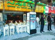 El frigorífico del restaurante de comida rápidaPappadavada, al sur de la India.