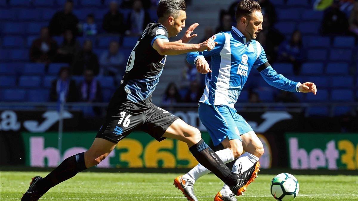 Torres presiona a Sergio García este domingo en Cornellà.