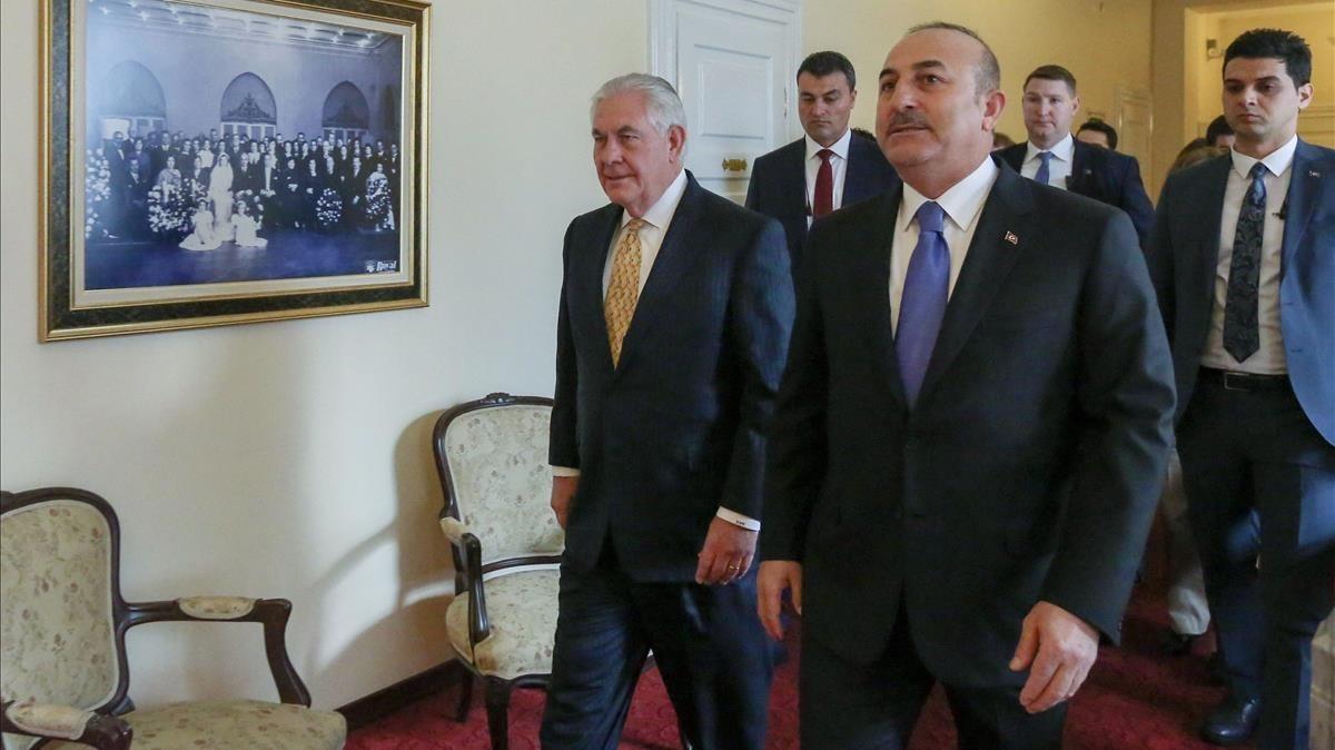 Tillerson (izquierda) y Çavusoglu, en Ankara, el 16 de febrero.
