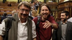 Pablo Iglesias y Xavier Domènech en el COngreso de los Diputados.