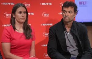 Sergi Bruguera i Anabel Medina celebren la càlida acollida dels tennistes
