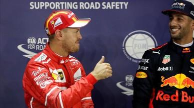 Vettel logra la 'pole' en Singapur y acosa, de nuevo, a Hamilton