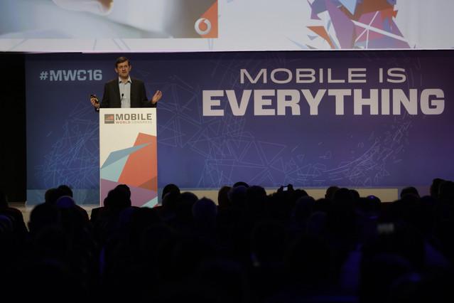 El consejero delegado de Vodafone, Vittorio Colao, durante su intervención en el Mobile World Congress.
