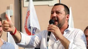 """Salvini carrega contra Borrell i acusa Espanya d'""""afavorir una immigració fora de control"""""""