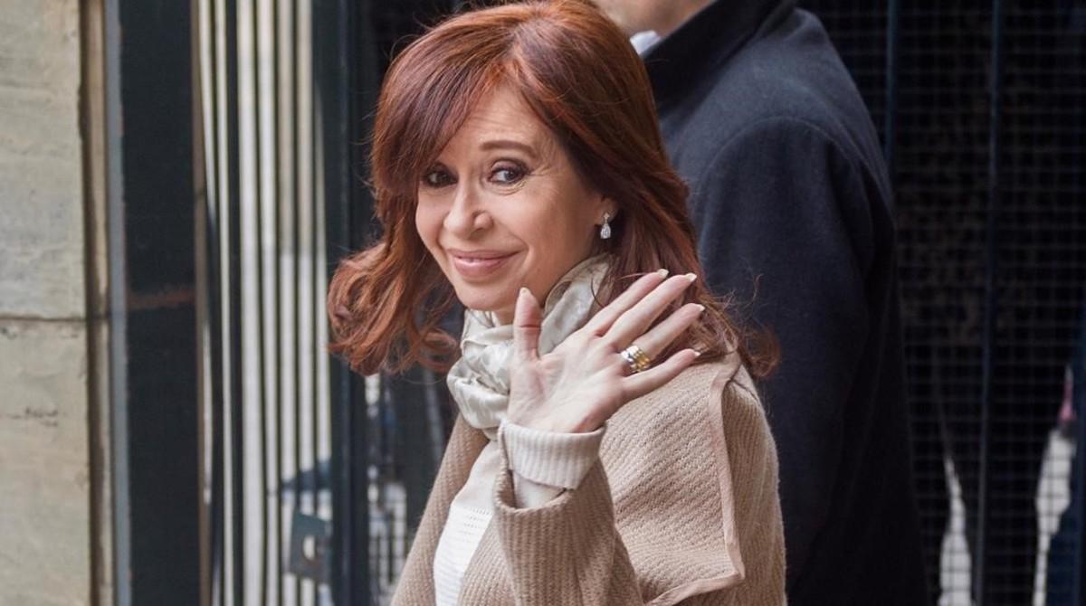 Cristina Fernández de Kirchner abandona el Palacio de Justicia en Buenos Aires, el 3 de septiembre del 2018.