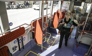 El bitllet del bus a Barcelona es podrà pagar a bord amb targeta
