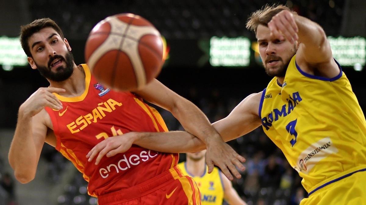 Espanya obre davant de Romania (71-84) la via cap a l'europeu del 21