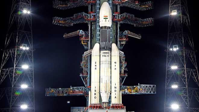 L'Índia suspèn la seva missió a l'inexplorat pol sud de la Lluna