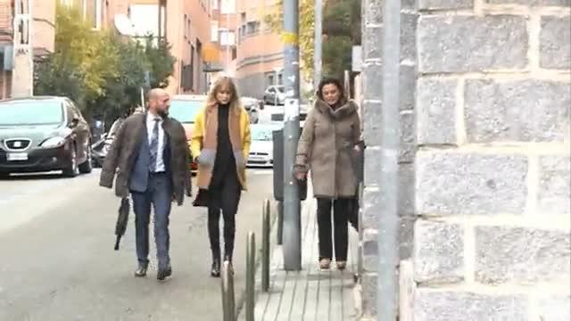 Alba Carrillo y Feliciano se reencuentran en los juzgados.
