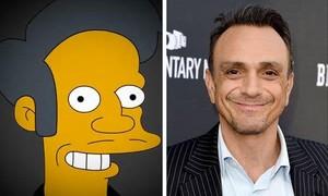Apu, el personaje de Los Simpson, y Hank Azria, el actor que le da voz.