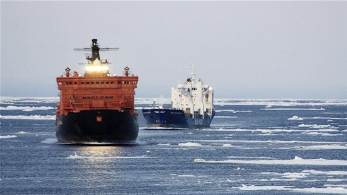 Dos mercantes alemanes en al Ártico.