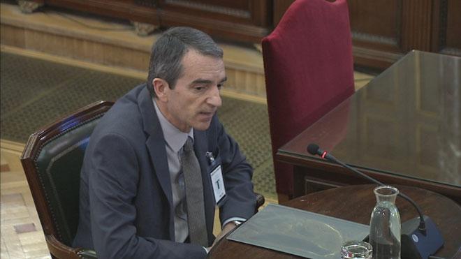 El comissari Molinero: «Trapero va dir: 'Espero, president, que no hi hagi cap desgràcia que hàgim de lamentar'»