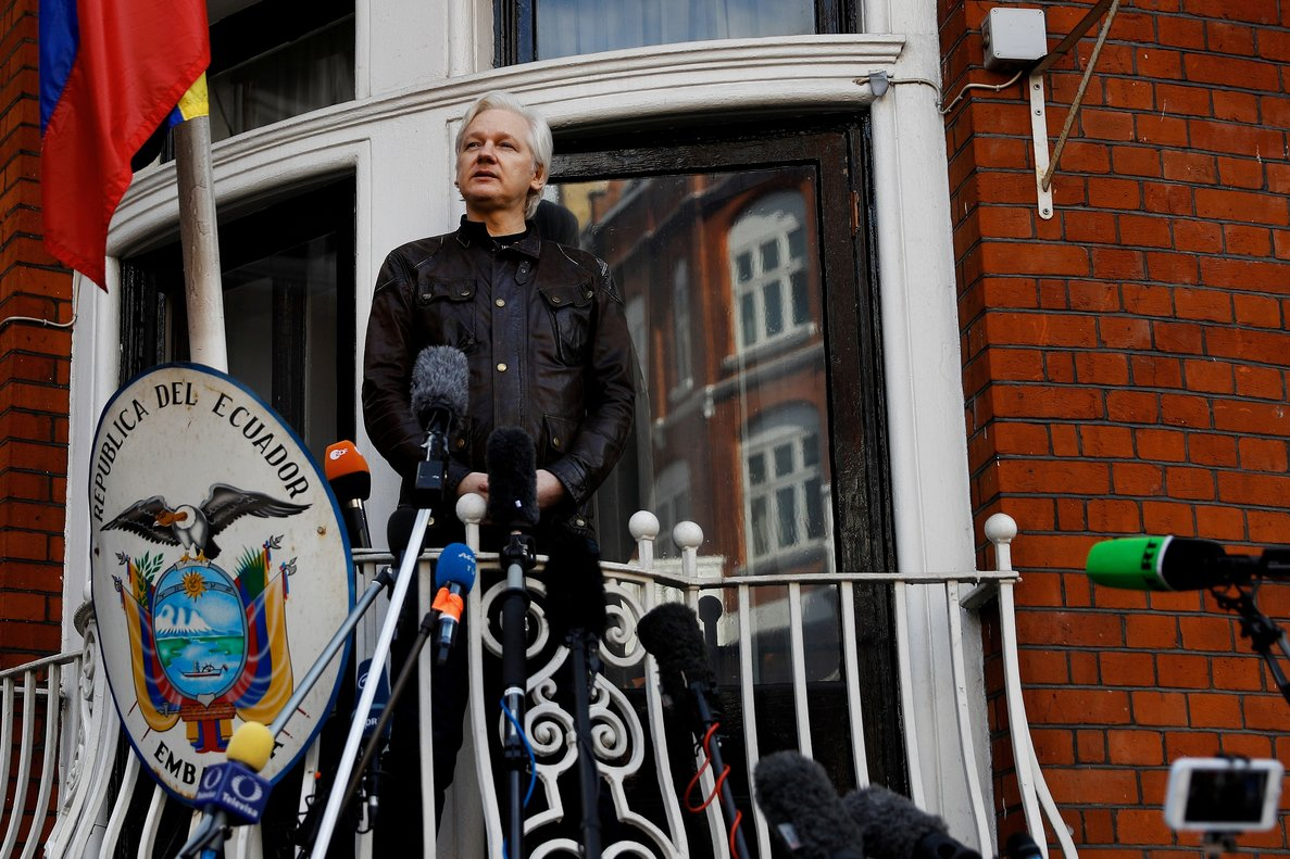 FILE PHOTO WikiLeaks founder Julian Assange is seen on the balcony of the Ecuadorian Embassy in London Britain May 19 2017 REUTERS Peter Nicholls File Photo