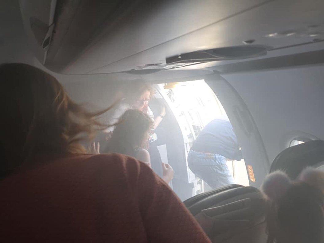 Imágenes del interior del avión siniestrado de British Airways.
