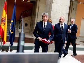 """Ángel Garrido, president madrileny en funcions: """"Cifuentes no ha incomplert el codi ètic del PP"""""""