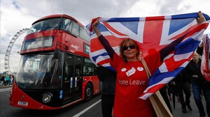 Una partidaria del Brexit se manifiesta, en junio pasado en Londres.