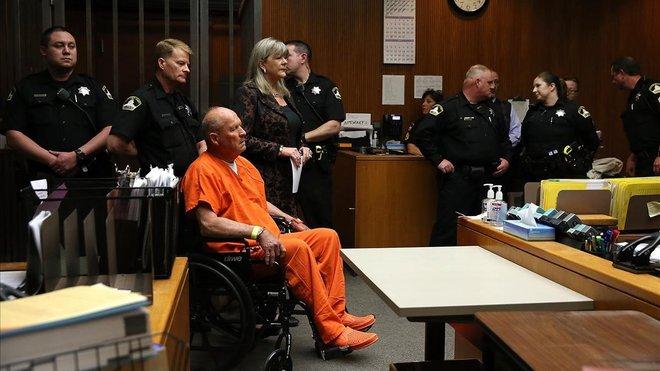 Joseph James DeAngelo, conocido como el Asesino del Golden Stateyel Violador de la zonaEste,detenido 40 años después de sus primeros crímenes, centró la investigación de Michelle McNamara, autora de El asesino sin rostro.