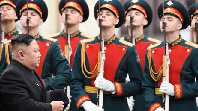 Kim Jong-un arriba a Rússia per a una històrica trobada amb Putin