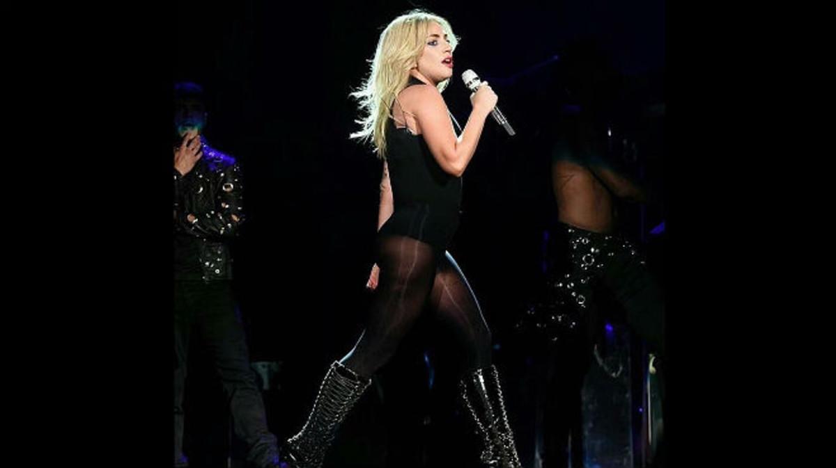 Lady Gaga, en un momento de su actuación en Coachella.