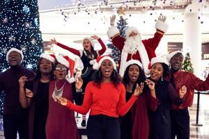 El London Community Gospel Choir ha grabado la canción navideña más feliz de la historia, según la ciencia: Loves not just for Christmas.