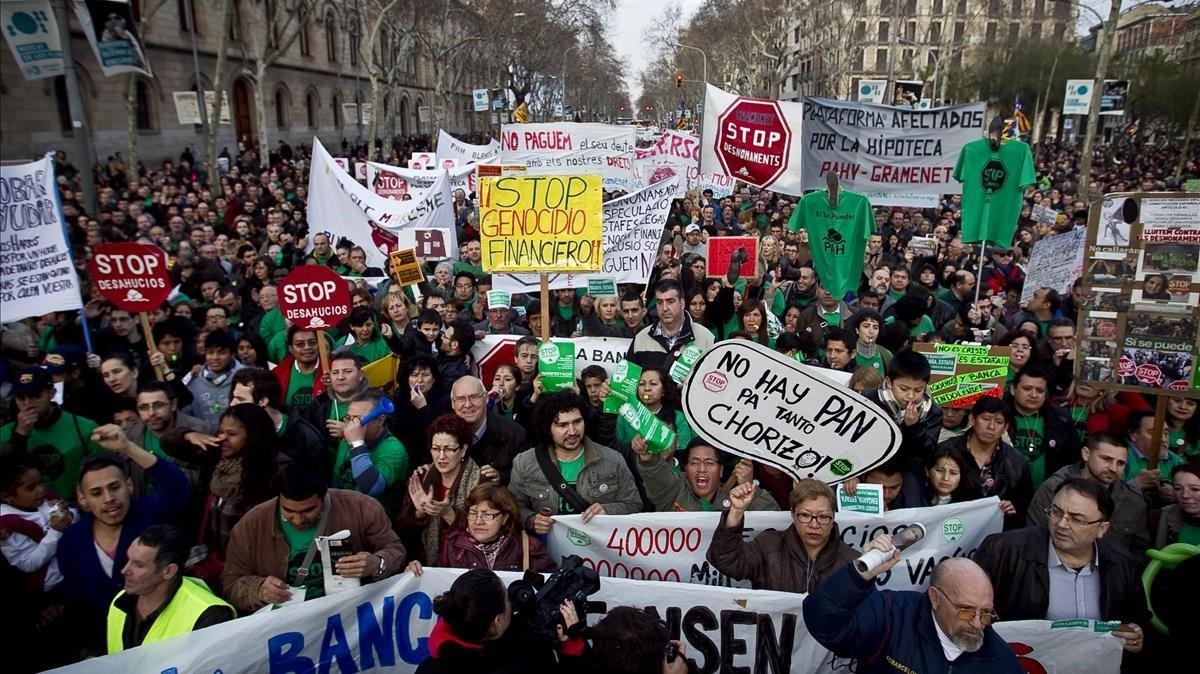 Manifestación de afectados por las hipotecas en Barcelona en el 2013.