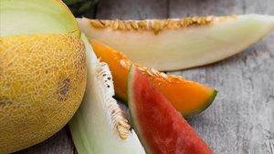 La sandía y el melón son dos frutas clave para combatir el calor.