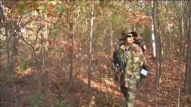 Milicias armadas partidarias de Trump se preparan militarmente en Jackson (Georgia, EEUU).