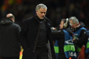José Mourinho, durante la derrota contra el Sevilla.