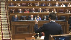 Pablo Casado, este miércoles en el Congreso, durante su cara a cara con el presidente del Gobierno, Pedro Sánchez.