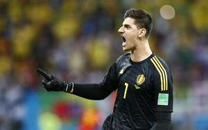 Thibaut Courtois celebra un gol de Bélgica en el Mundial 18.