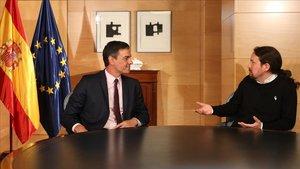 Pedro Sánchez y Pablo Iglesias, reunidos en el Congreso, el pasado martes.