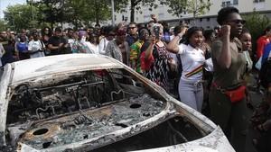 Aspecto de la protesta en Nantes por la muerte del jovenAboubakar Fofana por la policía.