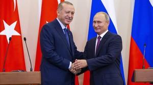 Recep Tayip Erdogan (iquierda) y Vladimir Putin, en Sochi.