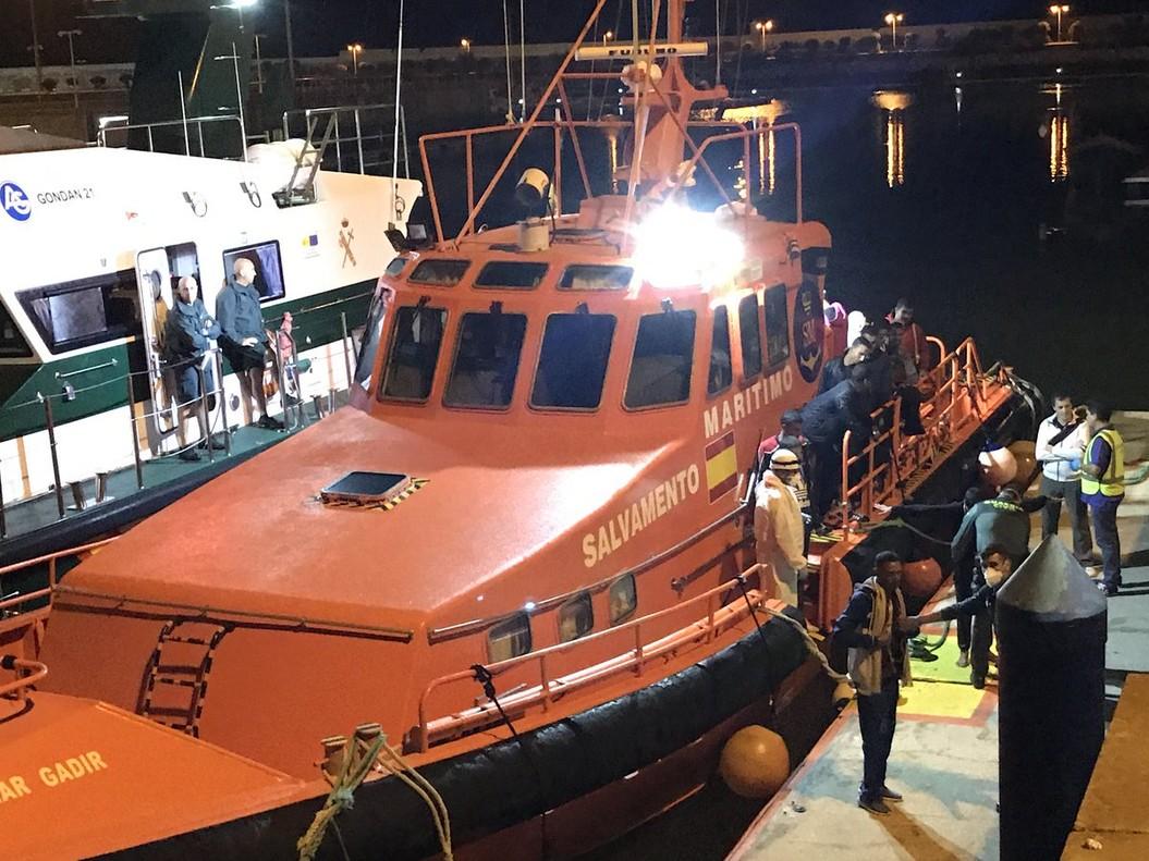 Rescatados 59 inmigrantes, 20 de ellos menores, en aguas del Estrecho