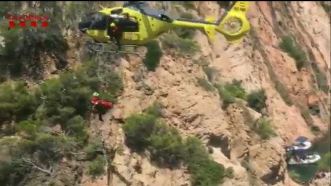 Rescatat un home després de caure per un penya-segat a Palafrugell