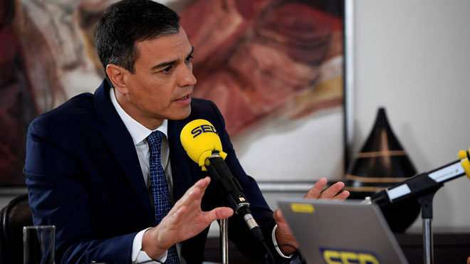 Sánchez culpa a Iglesias de romper la negociación con la consulta de Podemos.