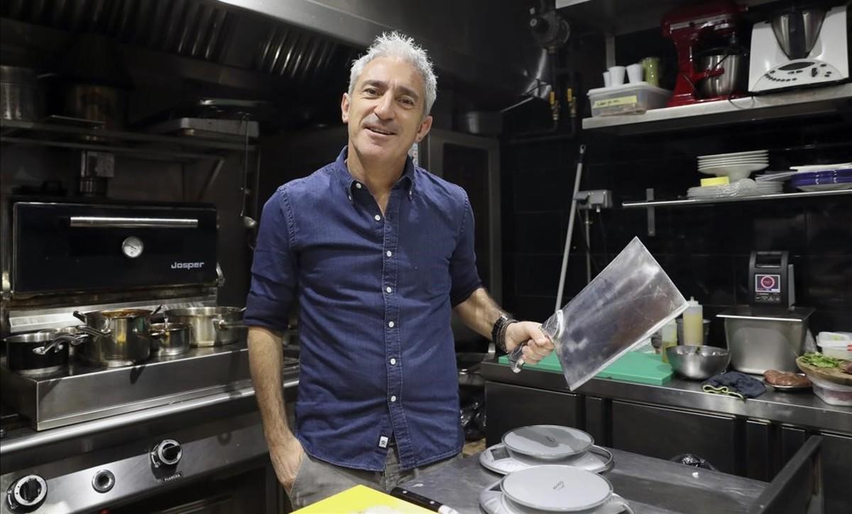 Jon Sistiaga, en el restaurante que acaba de abrir en Madrid.
