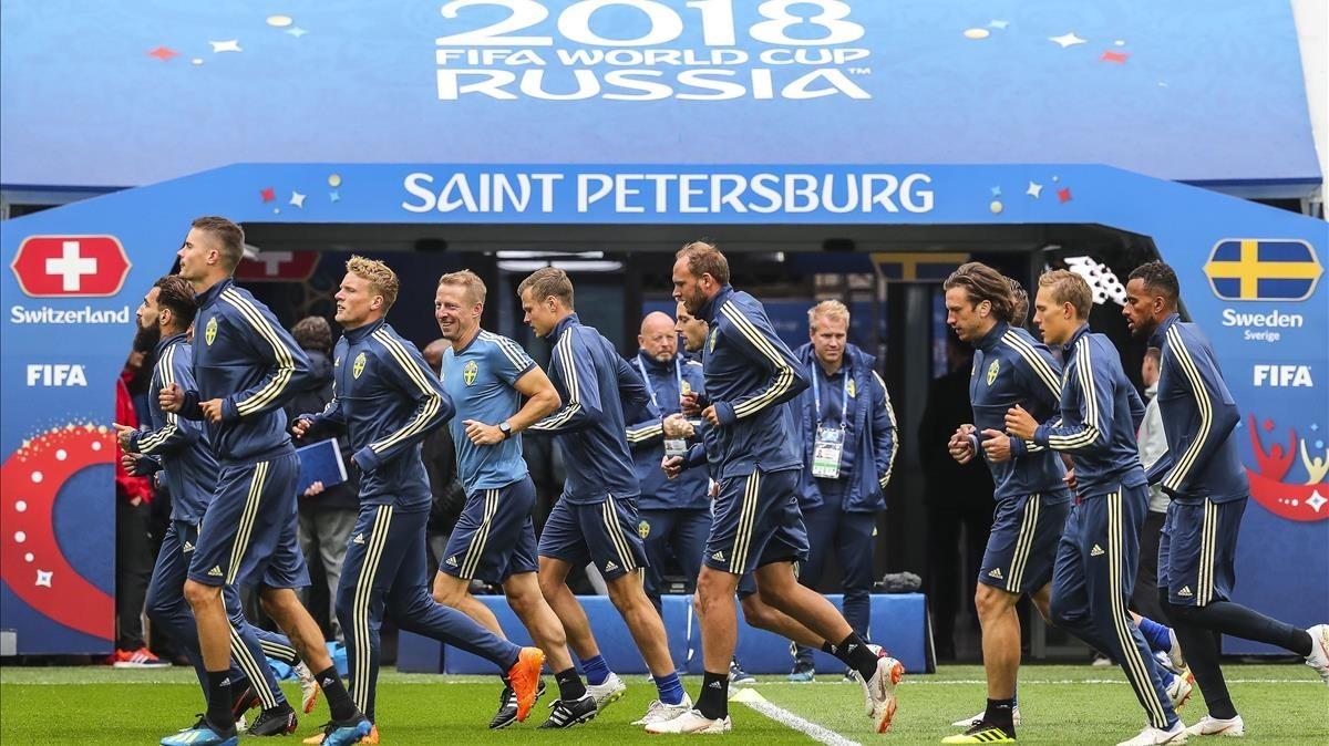Último entrenamiento de Suecia antes del duelo con Suiza.