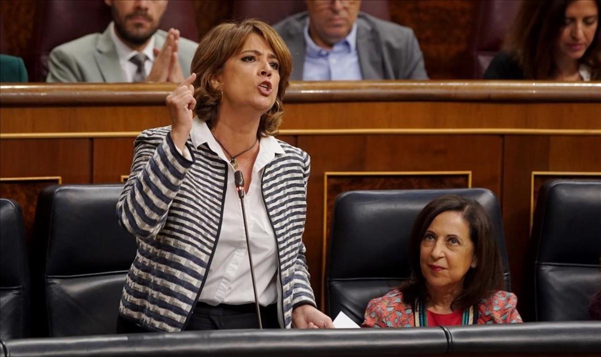 La ministra Delgado oblida la paritat al revisar la justícia universal