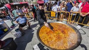 El primer Dia Mundial (i viral) de la Paella
